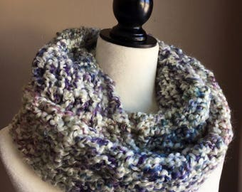 Super soft chunky crochet scarf, winter scarf, women scarf, infinity scarf, knit loop scarf, cozy cowl
