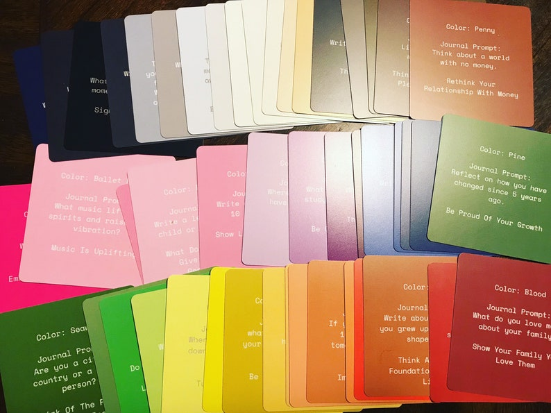Therapeutic Color and Journal Prompts Deck image 0