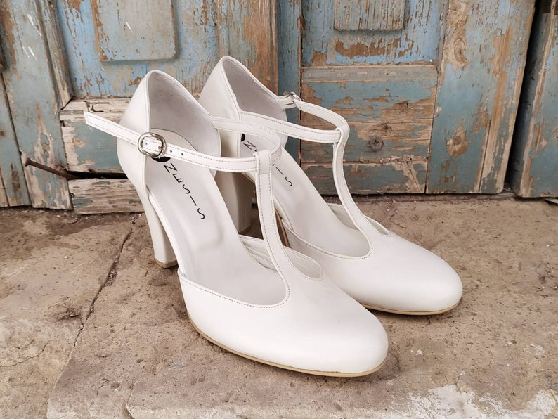 UK 1930s Dresses, Shoes, Clothing in the UK Handmade off white Leather T Strap Shoes 95 cm Heel Mary Janes Womens Shoes Wedding Shoes Bridal Shoes  Dance Shoes Anesis $148.49 AT vintagedancer.com
