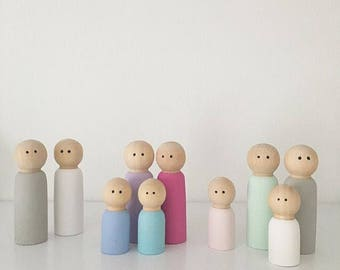 Pair Of Wooden Peg Dolls (large size)