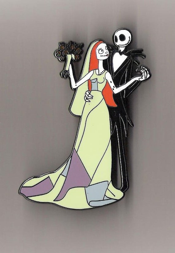 PIN SALLY ON TEACUPS NIGHTMARE BEFORE CHRISTMAS 3 INCH JUMBO FANTASY LIMITED LE