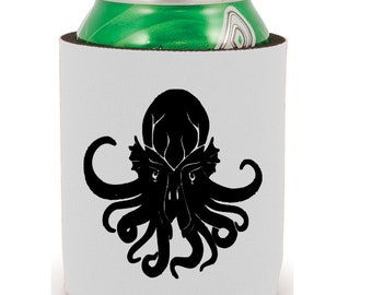 Cthulhu HP Lovecraft Elder Sign Horror Halloween Horror Can Cooler Sleeve Bottle Holder Merch Massacre