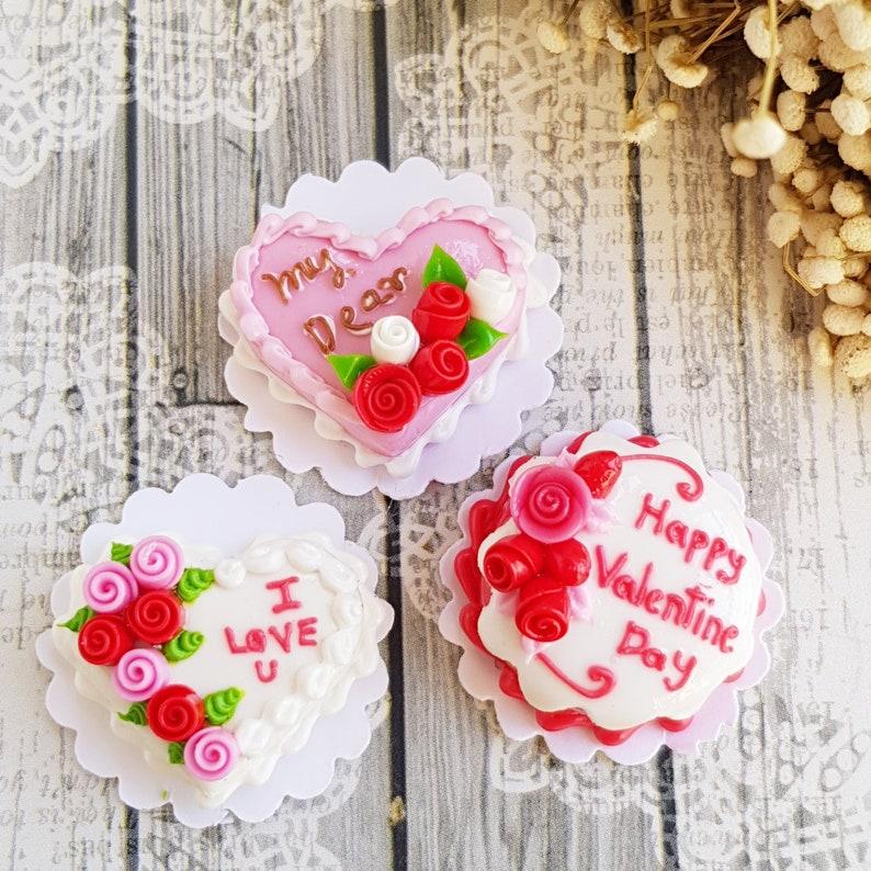 Mini Chocolate Cake Box Valentine Day Dollhouse Miniature Food Sweet Bakery