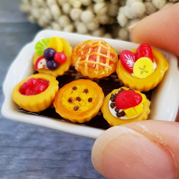 6 Bakery Fruit Top on Tray Dollhouse Miniatures Food  Deco