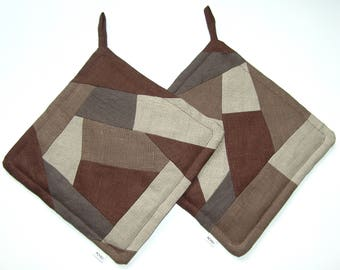 Pot holders/Quilted pot holders/ Natural linen pot holder/fabric potholder/Kitchen decor/ Fabric hot pad/Padded potholder/Gift for mother
