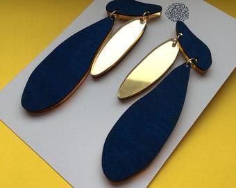 gold studs, geometric jewellery, blue earring, fizz goes pop, modern jewellery, comfortable jewellery, matisse earrings, simple earrings