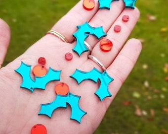 Christmas earring, holly earring, festive earring, perspex earrings