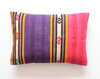 The Pillow Kussen : Wild kussen rundervacht internet s best online offer daily