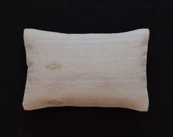 The Pillow Kussen : Pillow cover kelim kussen handira cushion cover etsy