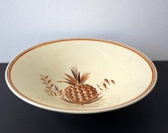 Aluminia Sybilla fruit bowl (1793/1453) with pineapple decoration