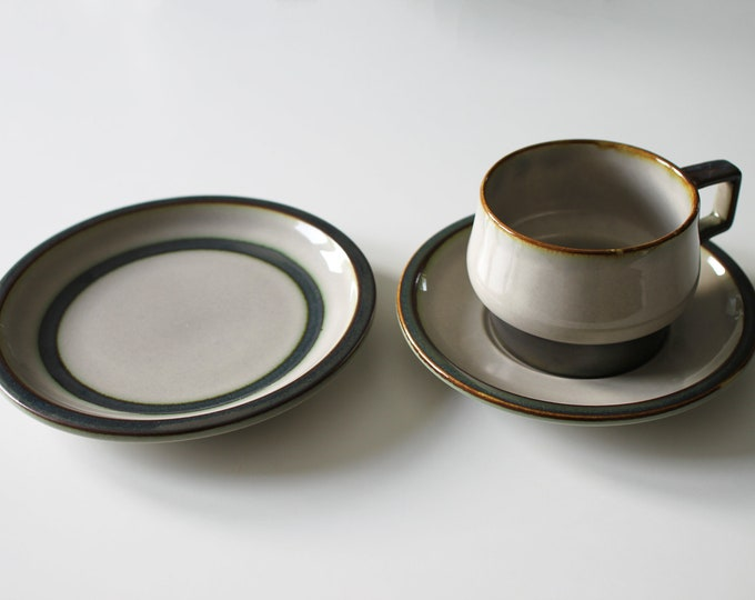 Stoneware tea cup, saucer and tea plate 'Tema' from Bing and Grøndahl
