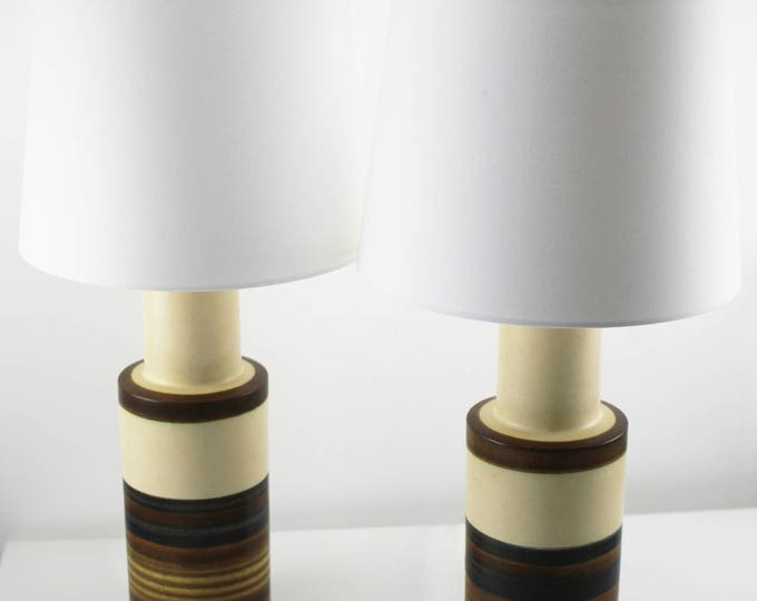 A pair of rare vintage tall beige/brown striped lamps 522 by Gutte Eriksen, Denmark 1960