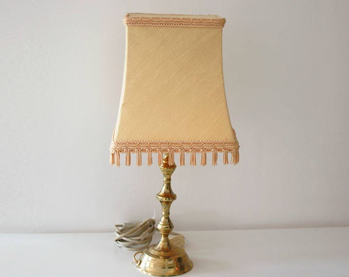 Vintage brass lamp with light brown / beige lamp shade