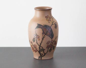 L. Hjorth gray brown vase from 1930-1940's. (46 / Birds).