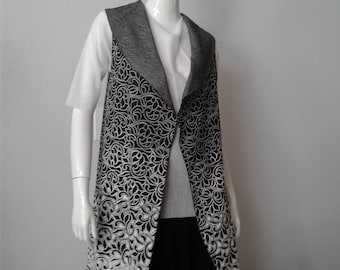 Black and white shawl color knee length vest cd634cac9
