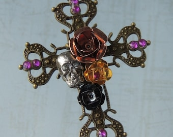 Cross pendant with flowers and skull