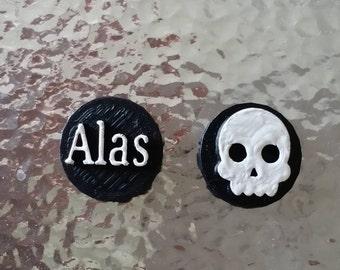 Shakespeare Hamlet Skull Quote Stud Earrings