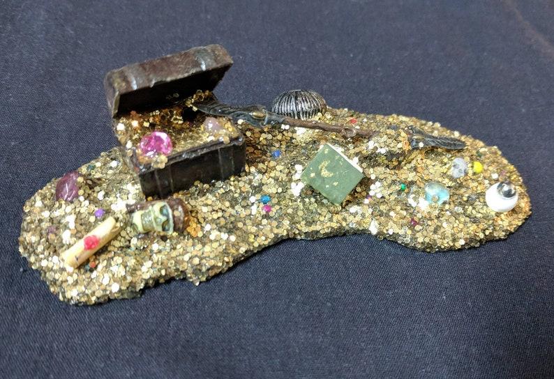 Treasure Pile Gold Miniatures D/&D Loot Horde RPG Fantasy Tabletop Mini Set of 3