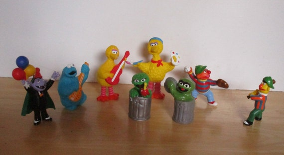 Vintage Muppets Characters - Cookie Monster, Oscar the Grouch, Big Bird,  Bert and Ernie, Count Chocula, 8 Sesame Street PVC Figures