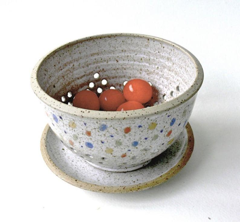 Small Obstsieb with plate confetti