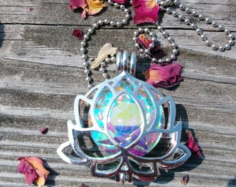 Silver lotus flower necklace with Amethyst stone