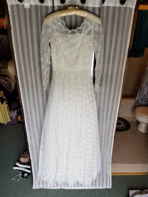 1950's Lace Wedding Gown