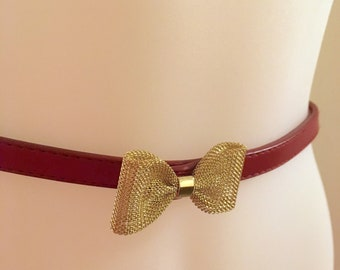 8e5840635f9e Red Skinny Belt with Goldtoned Mesh Bow, Size L / Faux Leather Belt with  Metal Bow/ Gift for Mom, Daughter, Teen, Tween, Girlfriend