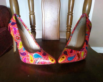 811e51d34fe9 bright patterned high heels