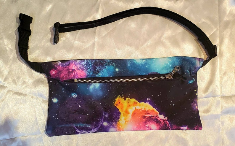 Fanny Pack UV Space