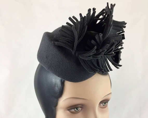 "Dark gray 1940's style velour felt perching hat with cut felt ""feathers"""