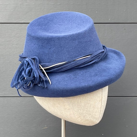 Cornflower blue felt percher with twisted felt and silver leather cord band and tassel