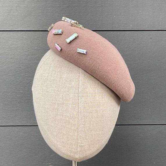 Pink velour beret percher with iridescent glass gems