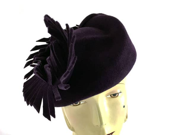 "Aubergine purple velour felt beret with large felt ""feather"""