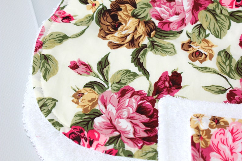 Rose Print Burp Cloth /& Wash Cloth Set  Burp Cloths  Baby Burp Cloths  Baby Shower  New Mum Gift  Nursery Gift  Baby  Burping Cloths