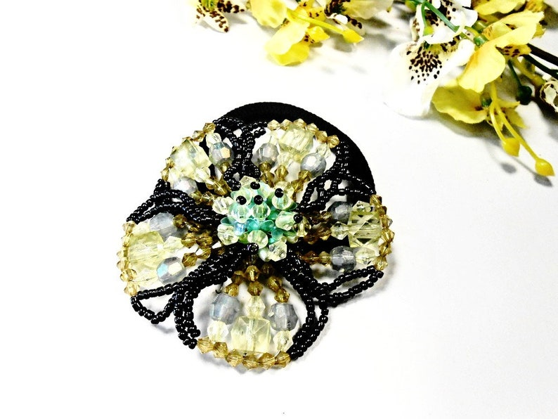 Hair Scrunchie Flower Blossom Embroidery Olive Green Floral Ponytail Holder Bun Maker Glass Seed Bead Pearl Accessory Elastic Wrap Hair Ties