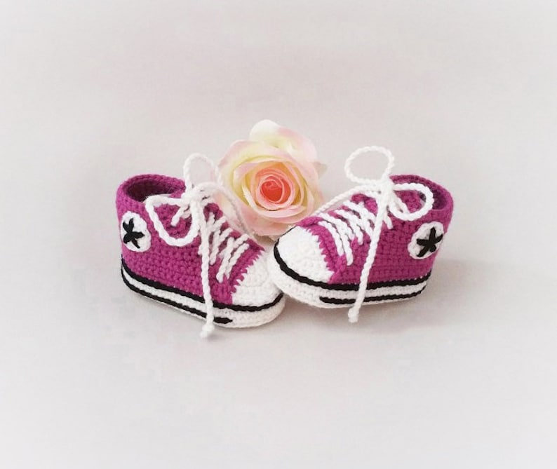 Baby Slippers knit baby slipper basket baby sneakers birth gift Baby booties Baby Slippers crochet
