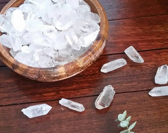 Clear Quartz Crystal Raw Points / Rough Point Clear Quartz / Quartz Chunk / Healing, Protection Crystals, Clarity, Intuition, Boho Decor
