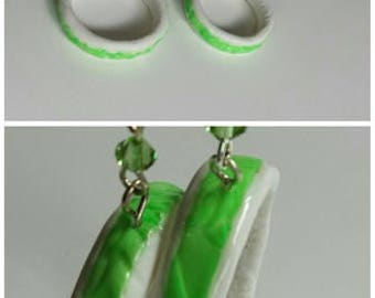 """""""Green hope"""" earrings in polymer clay and pastel"""