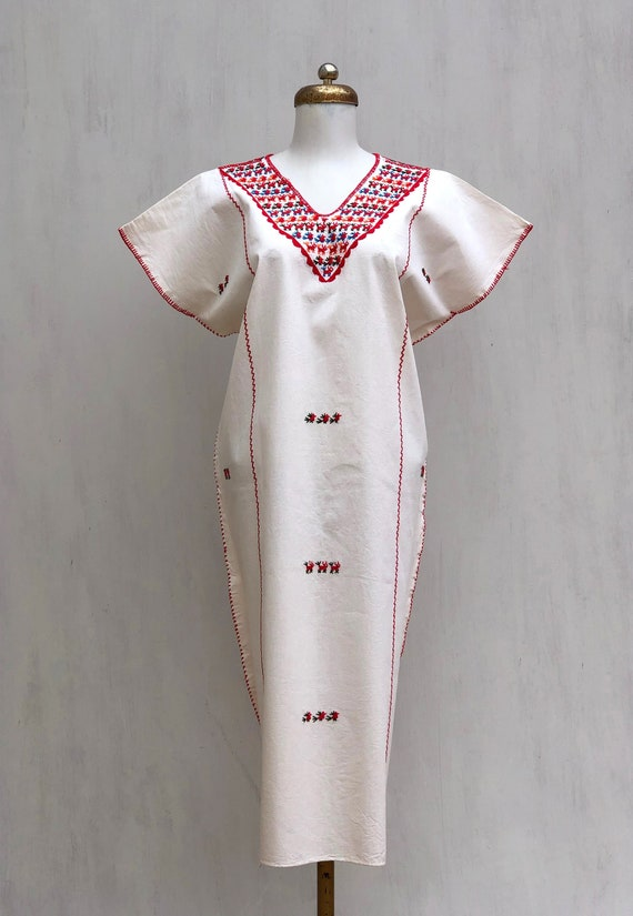 Hand embroidered Oaxaca dress, Mexican embroidered