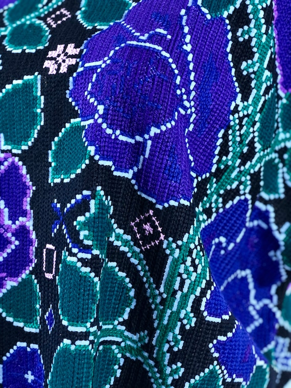 Mexican hand embroidered cross stitch flowers blo… - image 2