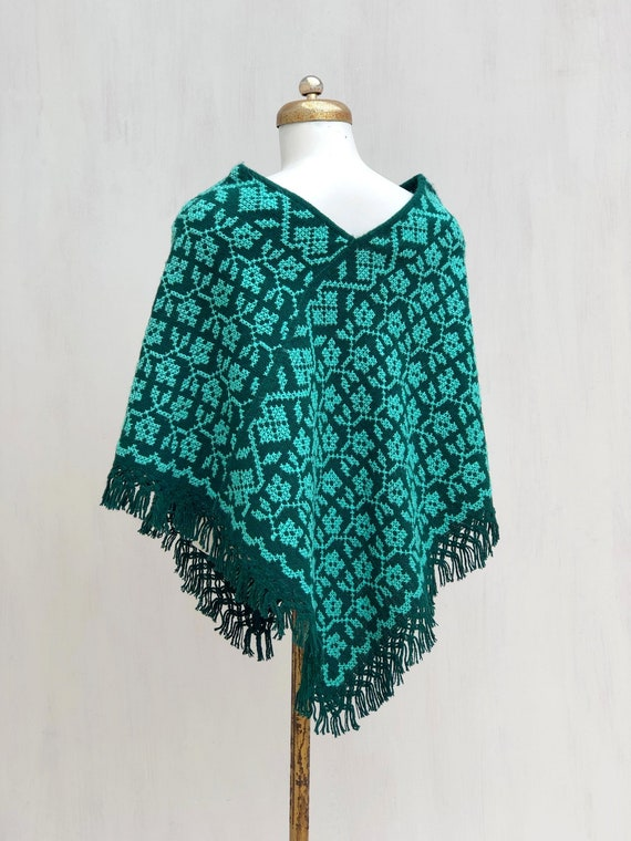 Hand Woven Mexican Poncho  with embroidered flowe… - image 3