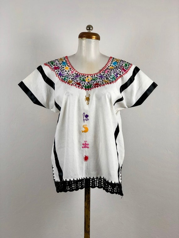 Mexican blouse with hand embroidered animals, mexi