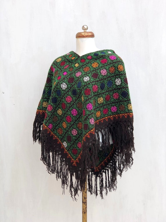 Hand Woven Mexican Poncho  with embroidered cross… - image 5
