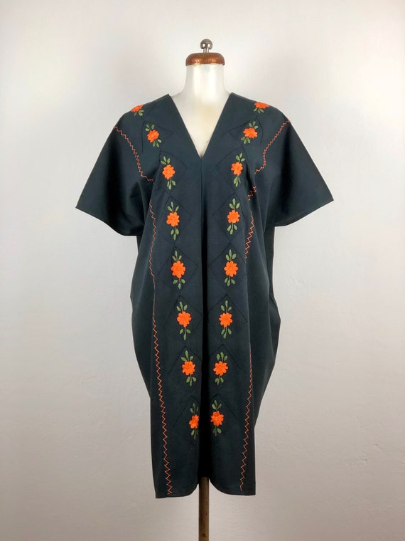 Mexican dress, Mexican dress with hand embroidered