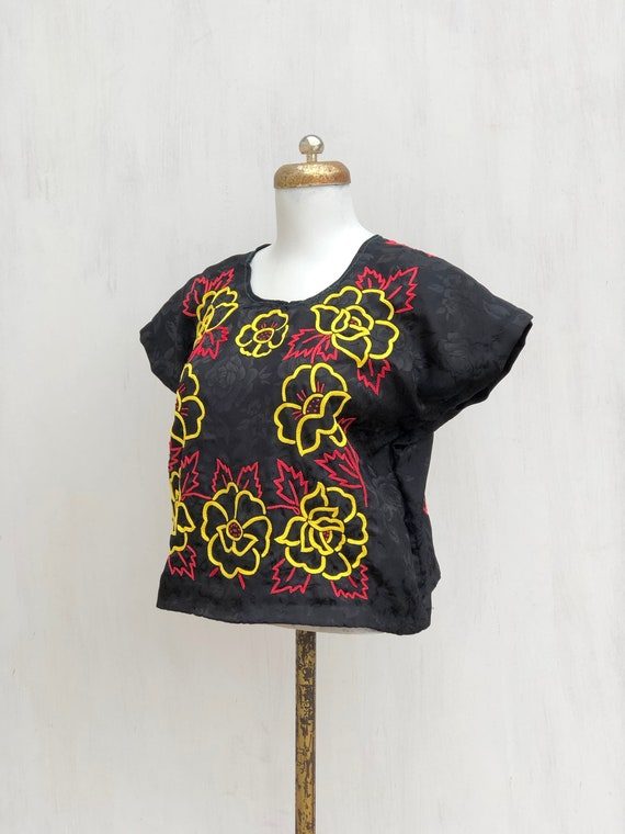 Vintage hand embroidered tehuana, embroidered mex… - image 3