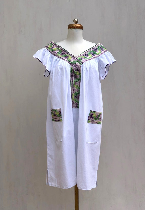 Mexican dress, hand embroidered mexican dress, Mex