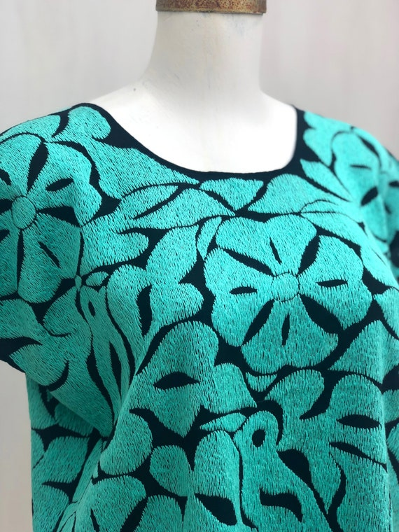 Mexican embroidered blouse, Mexican blouse with h… - image 4