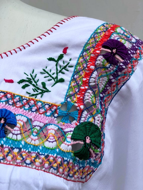 Mexican Embroidered Dress, mexican embroidered pu… - image 4