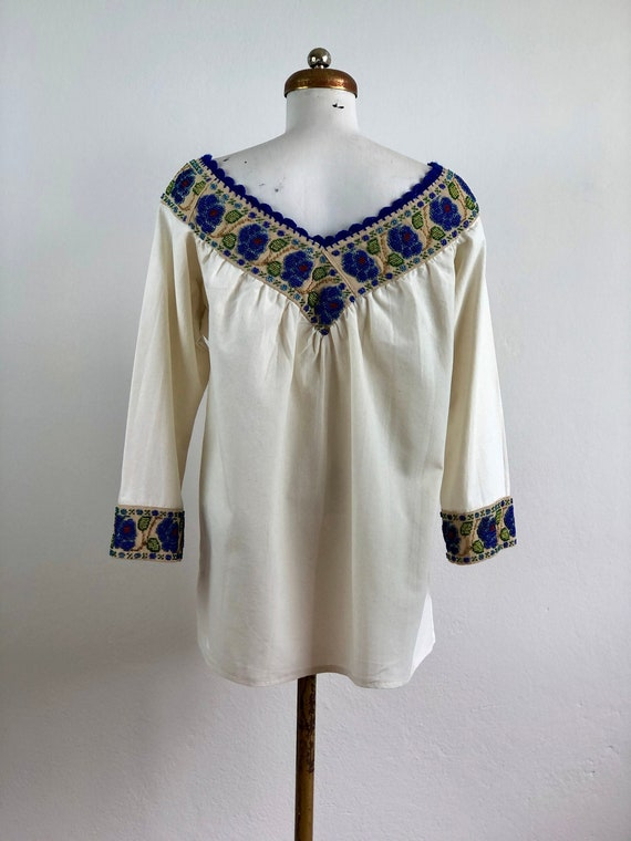 Hand embroidered mexican blouse, mexican blouse w… - image 7