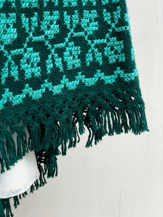 Hand Woven Mexican Poncho  with embroidered flowe… - image 4